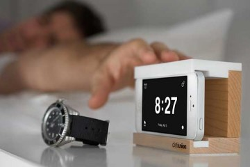 iPhone snooze dock