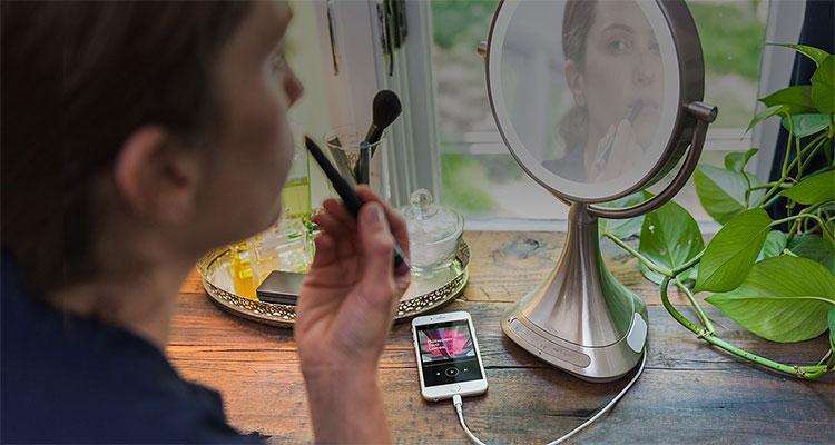 telefoneren met een spiegel