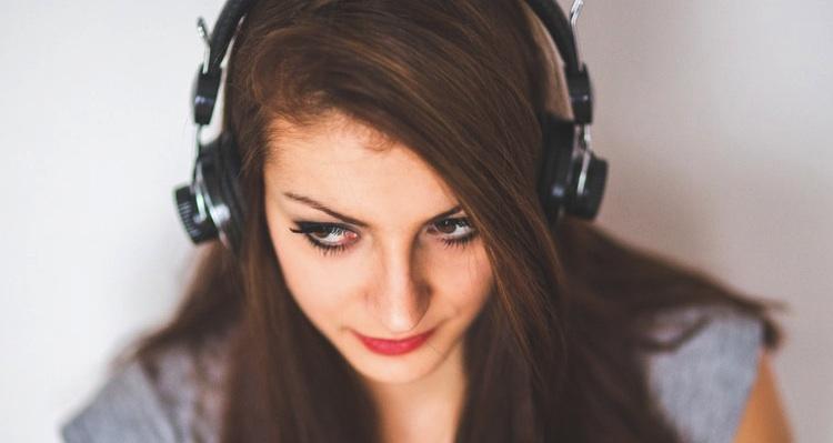 Tinder en Spotify