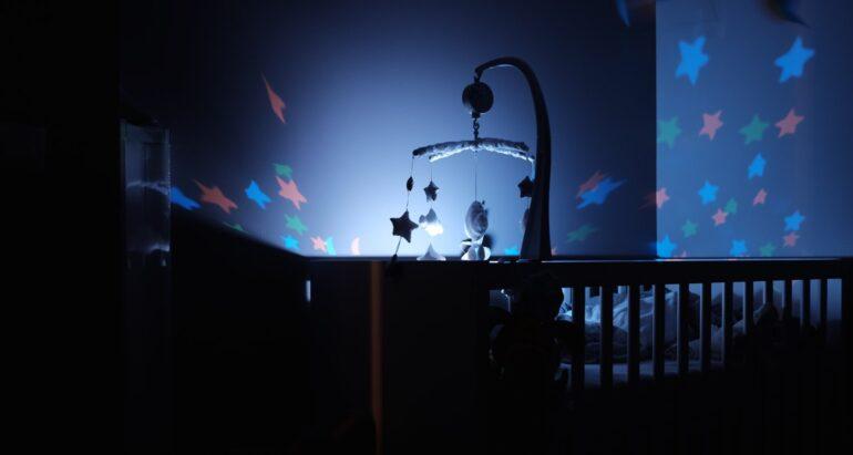 Vlog: Gadgets voor in de babykamer