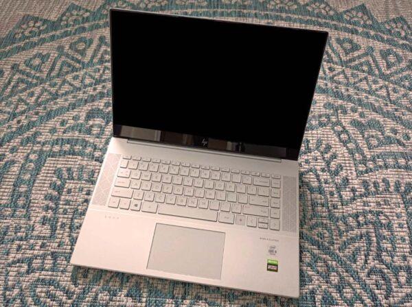 HP-Envy-laptop-15-epoxxx_